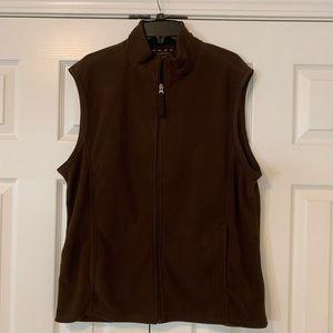 Brown Club Room men's vest